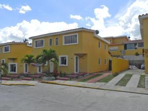 Casa En Venta En Guatire, Buenaventura, Venezuela, VE RAH: 15-14165