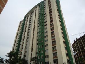 Apartamento En Venta En Valencia, Los Mangos, Venezuela, VE RAH: 15-14176