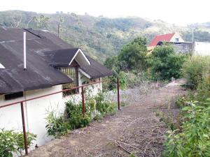 Terreno En Ventaen Caracas, Karimao Country, Venezuela, VE RAH: 15-14179