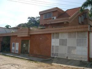 Casa En Venta En Valencia, Guataparo, Venezuela, VE RAH: 15-14222