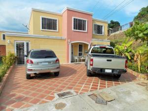 Casa En Venta En Guatire, Guatire, Venezuela, VE RAH: 15-14919