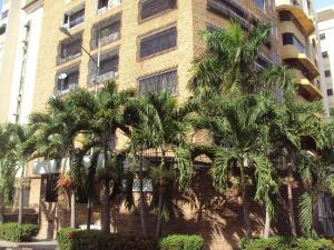 Apartamento En Venta En Maracay, San Isidro, Venezuela, VE RAH: 15-14315