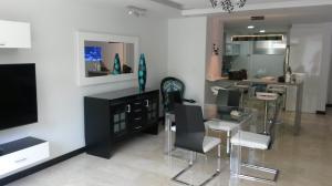 Apartamento En Venta En Caracas, Escampadero, Venezuela, VE RAH: 15-5297
