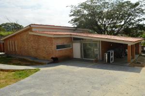 Casa En Venta En Valencia, Guataparo, Venezuela, VE RAH: 15-14345