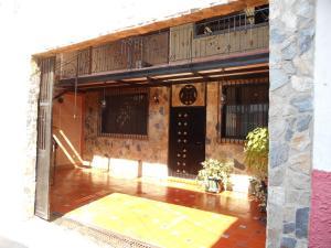 Casa En Venta En Palo Negro, La Ovallera, Venezuela, VE RAH: 15-14408