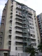 Apartamento En Venta En Maracay, Base Aragua, Venezuela, VE RAH: 15-14447