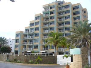 Apartamento En Ventaen Margarita, Pampatar, Venezuela, VE RAH: 15-14460
