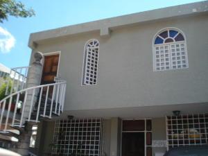 Casa En Venta En Caracas, La Trinidad, Venezuela, VE RAH: 15-14461