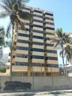 Apartamento En Venta En La Guaira, Macuto, Venezuela, VE RAH: 15-14466