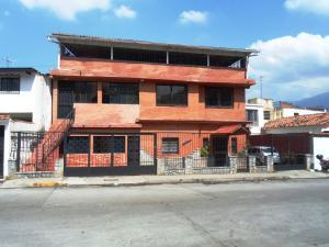 Casa En Venta En Caracas, Los Rosales, Venezuela, VE RAH: 15-14470