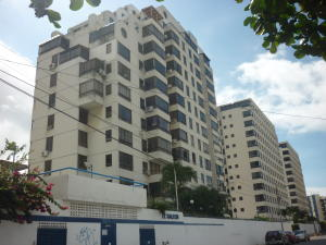Apartamento En Venta En La Guaira, Macuto, Venezuela, VE RAH: 15-14536