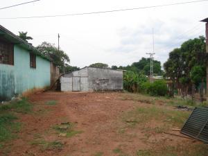 Terreno En Venta En Ciudad Bolivar, Paseo Orinoco, Venezuela, VE RAH: 15-14567