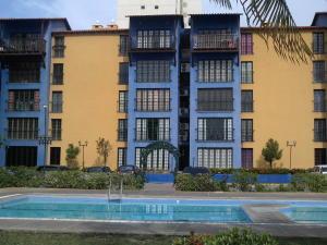 Apartamento En Venta En Parroquia Caraballeda, La Llanada, Venezuela, VE RAH: 15-14613