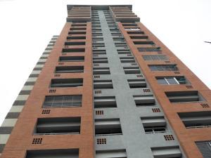 Apartamento En Venta En Valencia, Las Chimeneas, Venezuela, VE RAH: 15-14652