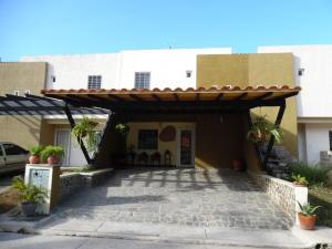 Townhouse En Venta En Municipio San Diego, Pueblo De San Diego, Venezuela, VE RAH: 15-14691
