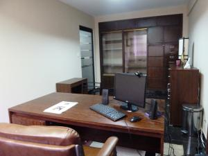 Oficina En Venta En Maracaibo, Avenida Bella Vista, Venezuela, VE RAH: 15-14695