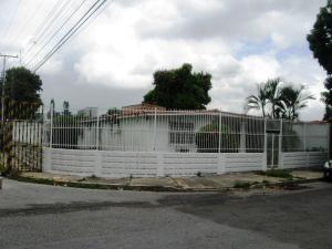 Casa En Venta En Maracay, Fundacion Mendoza, Venezuela, VE RAH: 15-14762