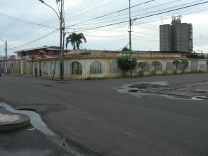 Casa En Venta En Ciudad Ojeda, Avenida Bolivar, Venezuela, VE RAH: 15-14836