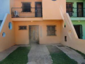 Townhouse En Ventaen Chichiriviche, Flamingo, Venezuela, VE RAH: 15-14913