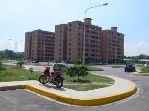 Apartamento En Venta En Maracay, San Jacinto, Venezuela, VE RAH: 15-14921