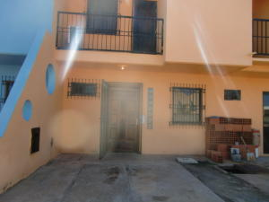 Townhouse En Ventaen Chichiriviche, Flamingo, Venezuela, VE RAH: 15-14923