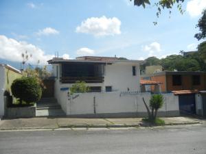 Casa En Venta En Caracas, Santa Marta, Venezuela, VE RAH: 15-14986