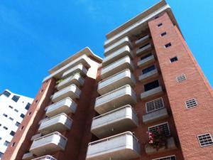 Apartamento En Venta En Guatire, Buenaventura, Venezuela, VE RAH: 15-15022