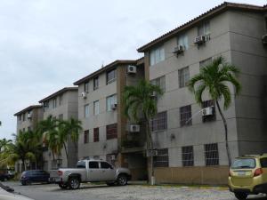 Apartamento En Venta En Higuerote, Higuerote, Venezuela, VE RAH: 15-15055