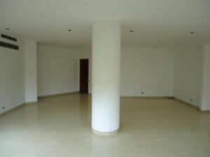 Apartamento En Venta En Caracas - Valle Arriba Código FLEX: 15-15054 No.4