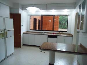 Apartamento En Venta En Caracas - Valle Arriba Código FLEX: 15-15054 No.5