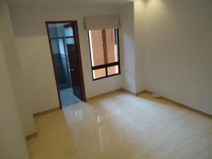 Apartamento En Venta En Caracas - Valle Arriba Código FLEX: 15-15054 No.12