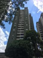 Apartamento En Venta En Caracas, Colinas De La California, Venezuela, VE RAH: 15-15061