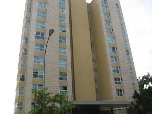 Apartamento En Venta En Caracas, Las Mesetas De Santa Rosa De Lima, Venezuela, VE RAH: 15-15085