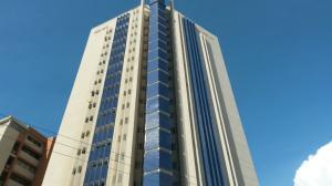 Apartamento En Venta En Maracaibo, 5 De Julio, Venezuela, VE RAH: 15-15128