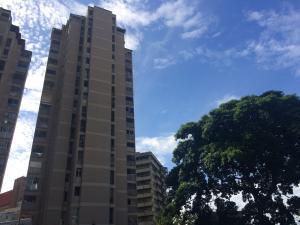 Apartamento En Venta En Caracas, Los Chorros, Venezuela, VE RAH: 15-15201