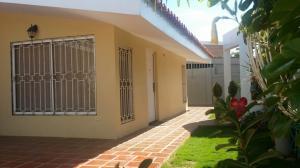 Casa En Venta En Maracaibo, Monte Bello, Venezuela, VE RAH: 15-15222
