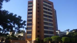 Apartamento En Alquiler En Maracaibo, Avenida El Milagro, Venezuela, VE RAH: 15-14077