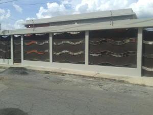 Casa En Venta En Barquisimeto, Colinas De Santa Rosa, Venezuela, VE RAH: 15-15242