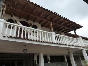 Casa En Venta En Caracas, Palo Verde, Venezuela, VE RAH: 15-15283