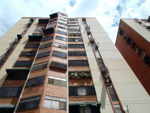 Apartamento En Venta En Municipio Naguanagua, La Granja, Venezuela, VE RAH: 15-15317