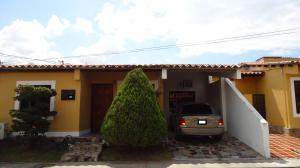 Casa En Venta En Cabudare, Parroquia José Gregorio, Venezuela, VE RAH: 15-15326