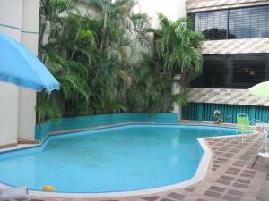 Casa En Venta En Maracaibo, Los Olivos, Venezuela, VE RAH: 15-15327