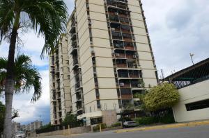 Apartamento En Venta En Maracay, San Jacinto, Venezuela, VE RAH: 15-15349