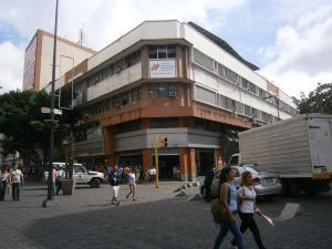 En Venta En Caracas - Sabana Grande Código FLEX: 15-15470 No.0