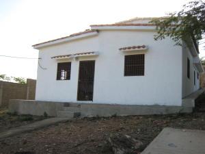 Casa En Venta En Pueblo Nuevo, Pueblo Nuevo, Venezuela, VE RAH: 15-15390