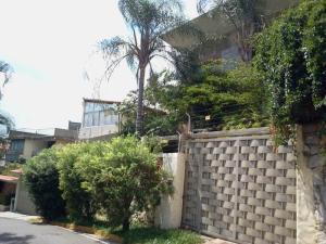 Casa En Venta En Caracas, El Marques, Venezuela, VE RAH: 15-15405