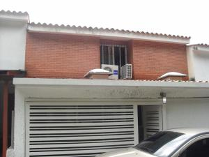 Casa En Venta En Caracas, Santa Ines, Venezuela, VE RAH: 15-15430