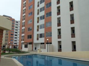 Apartamento En Venta En Municipio Naguanagua, El Rincon, Venezuela, VE RAH: 15-15500