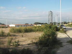 Terreno En Venta En Valencia, Zona Industrial El Recreo, Venezuela, VE RAH: 15-15505