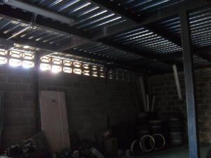 En Venta En Maracay - Zona Industrial San Vicente Código FLEX: 15-15514 No.11